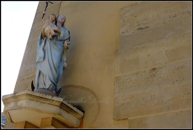 Chapelle Notre-Dame des Armées Versailles Vierge Façade
