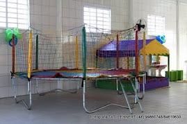 Especializados na locação de brinquedos e recreação para festas e eventos.  (48) 33463031