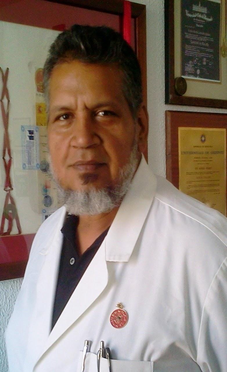 Dr. Carlos Vicente Torrealba