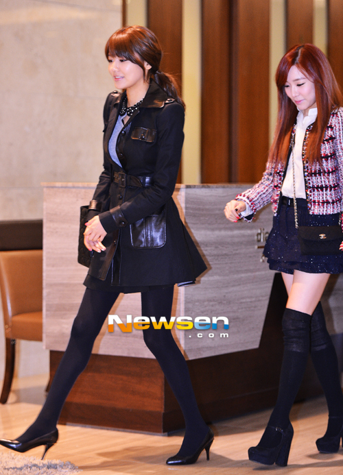 Sooyoung dan Tiffany SNSD Hadir di Pernikahan Hong Rok-gi 08