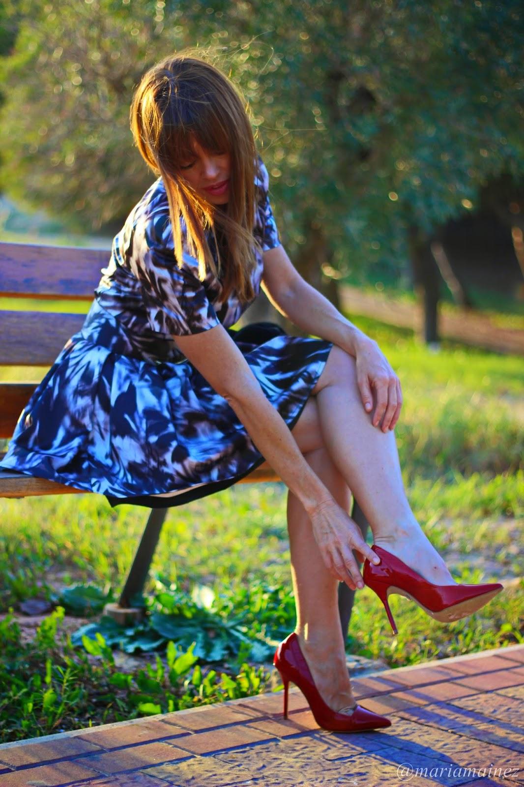 Elisabetta Franchi- Fall 2014 - Outfit Fall winter 2014 - Blogger Alicante- Stilettos rojos