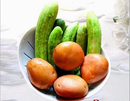 Trị quầng thâm mắt với khoai tây và dưa chuột