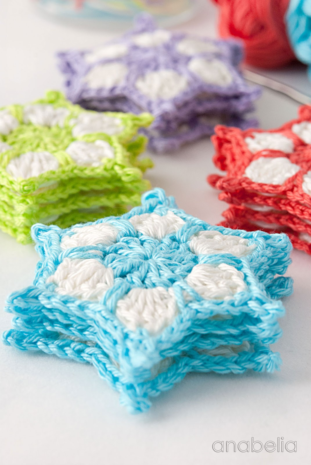 Anabelia craft design: DIY: How to make a crochet stars ...