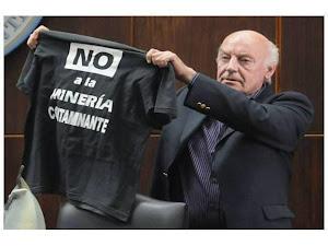 GALEANO por FAMATINA:  No a la megaminería contaminante