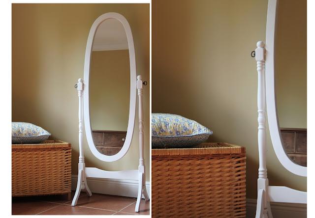 Della calle espejito espejito for Espejos de pie para dormitorio