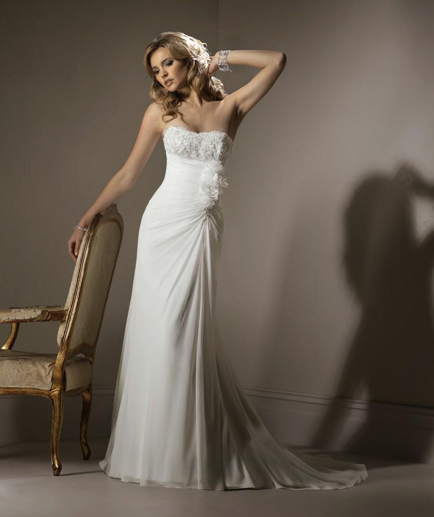Brautmoden schlicht, langes Brautkleid fliessend, Chiffon.