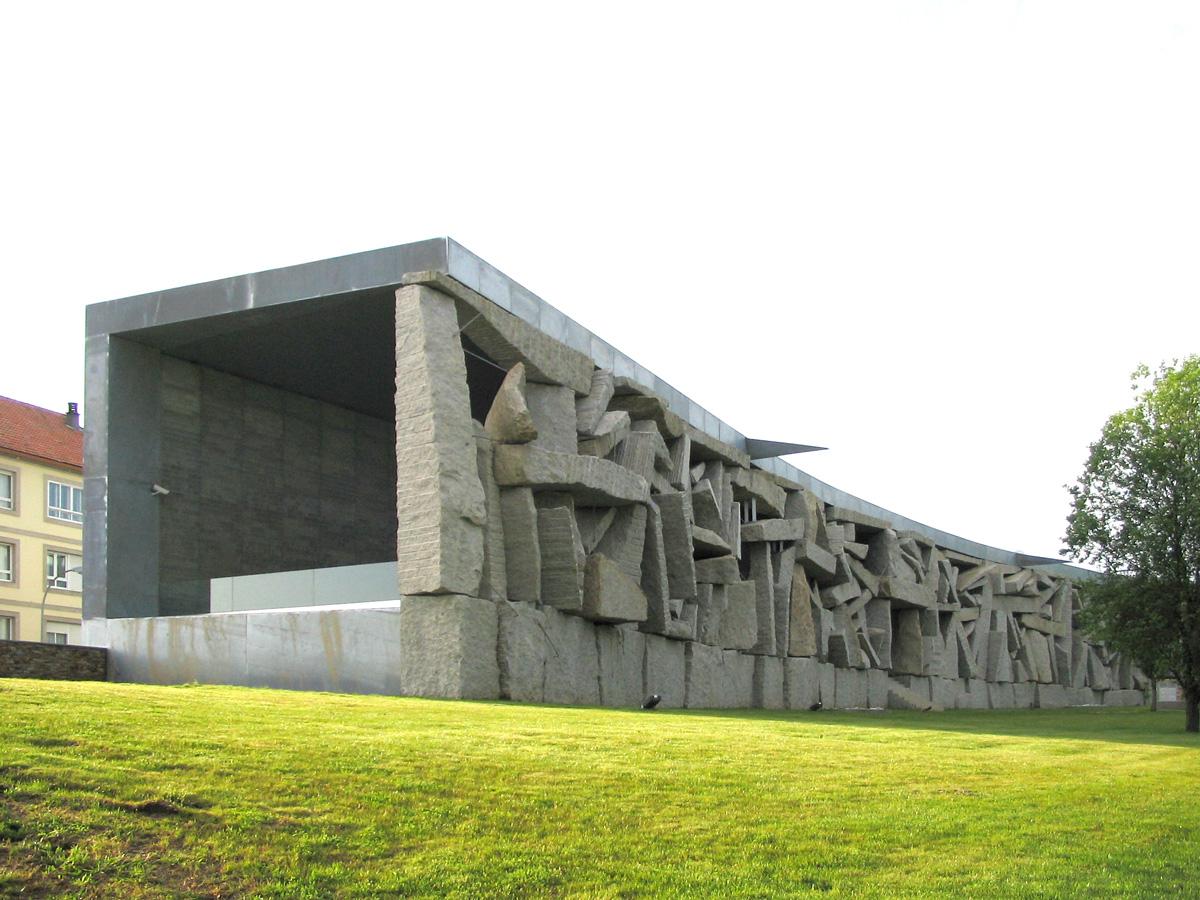 Nuevas arquitecturas sede de la sgae santiago de compostela for Oficina correos santiago de compostela