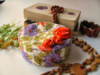 круглая косметичка, сумочка, сумка, косметичка, своими руками, ручная работа, цветы из ткани