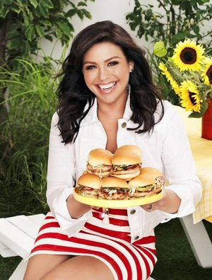 Seein the World in 3 Dei: Q and A with Rachael Ray on her new burger ...