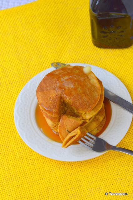 Eggless Pumpkin Spice Pancakes