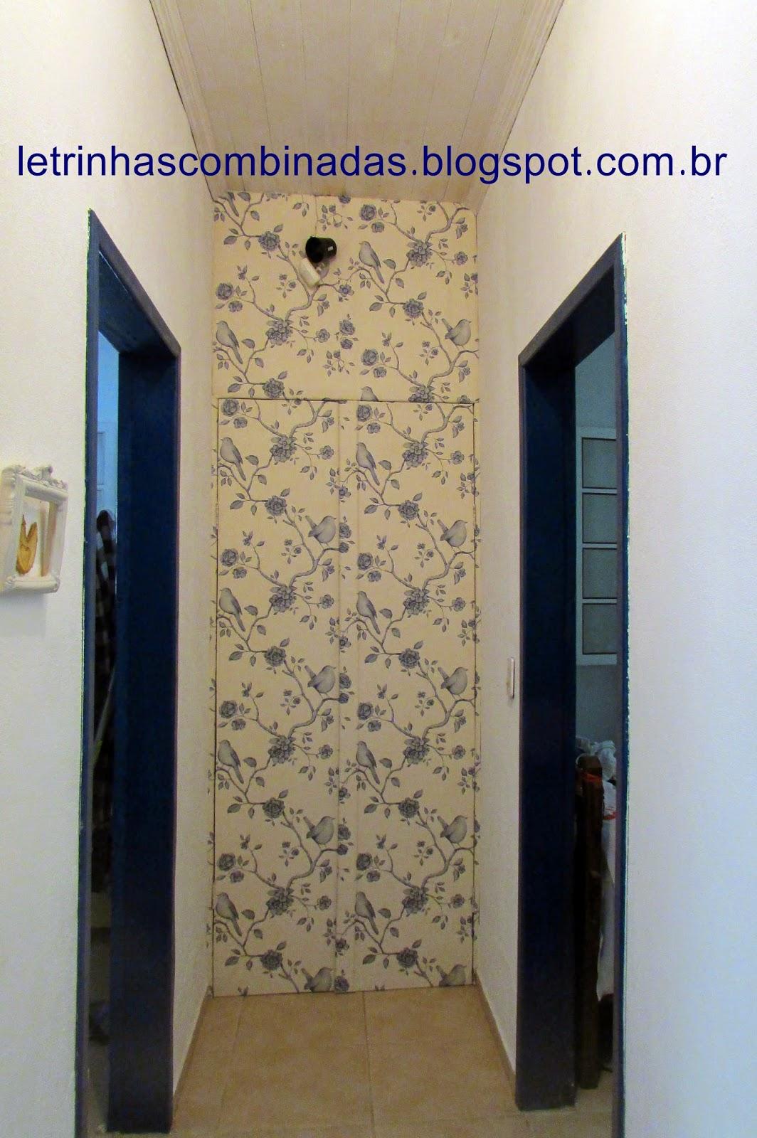 armario forrrado com papel de parede