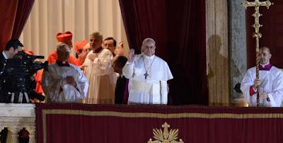 """Bergoglio, nuevo Papa: envió una carta a la iglesia argentina y pidió """"un gesto de caridad"""" 0000981817"""