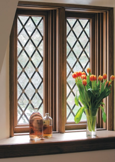 Mix and chic home tour an exquisite old world manor for Window designs for indian homes images