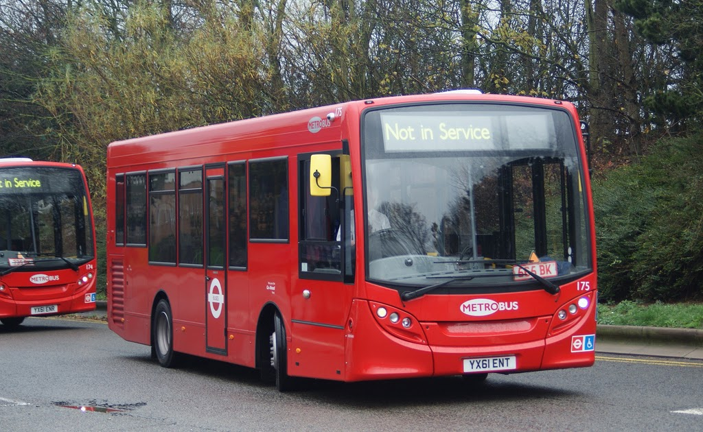 The circle of london watford gap services more e200s for Garage volvo gap