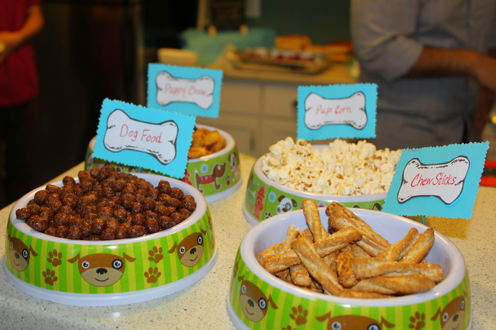 Play Eat Grow: The Cutest 1st Birthday Party EVER.