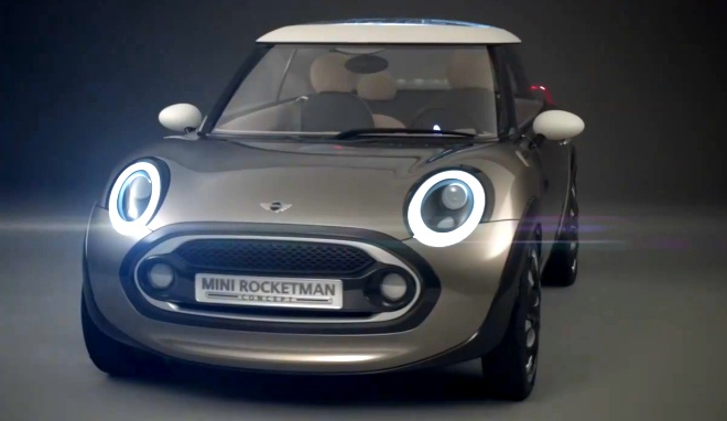 Mini Rocketman from the front