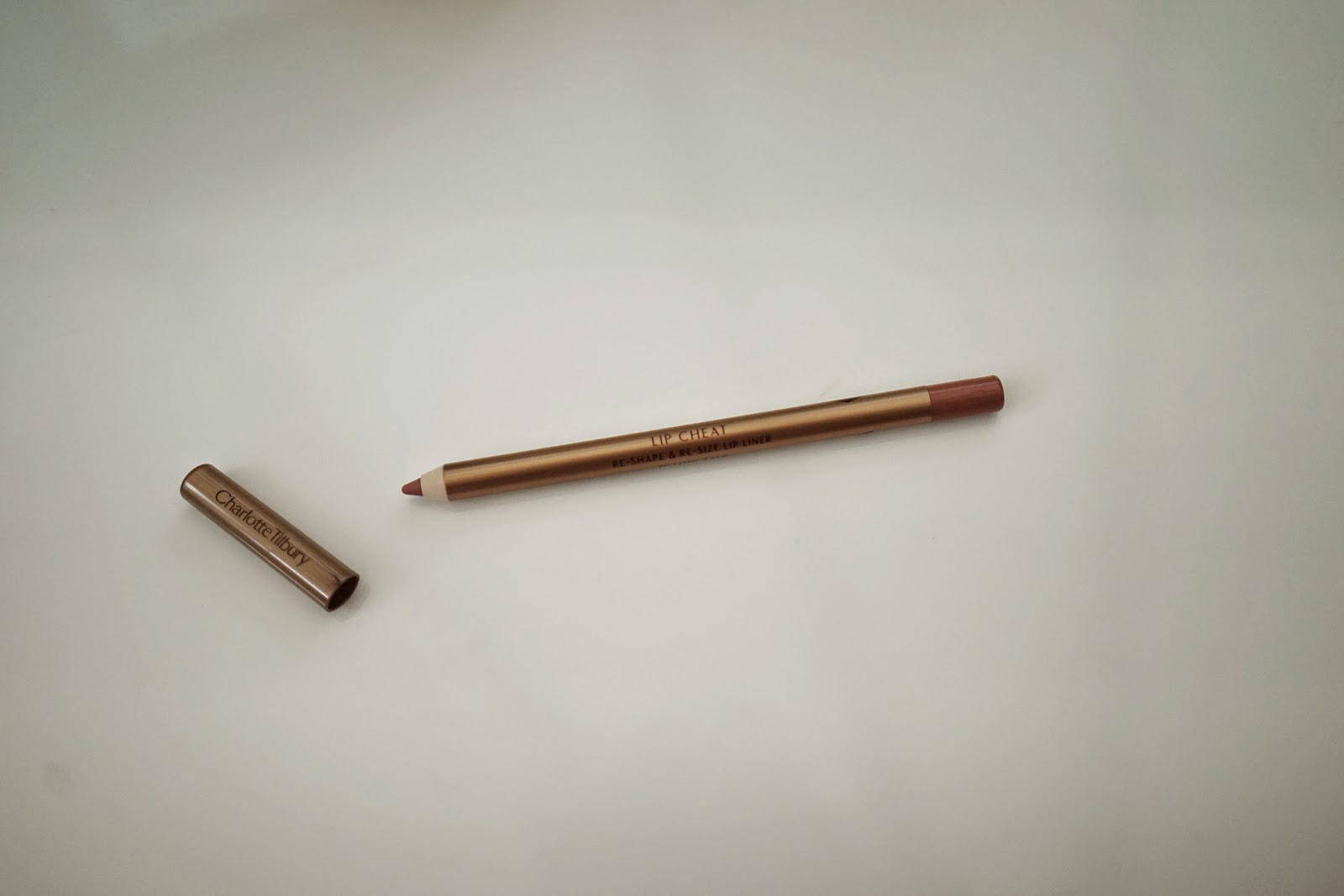 Charlotte Tilbury Lip Cheat, Re-Shape & Re-Size Lip Liner