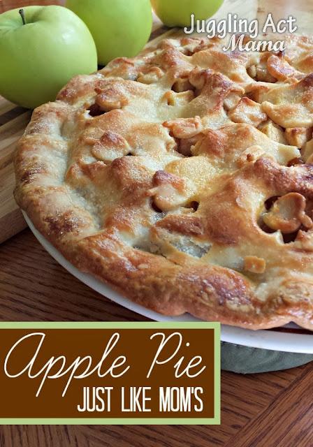 Apple Pie, just like moms - recipe via jugglingactmama.com