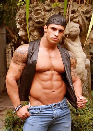 Shirtless Men Turkey: Hunks For You