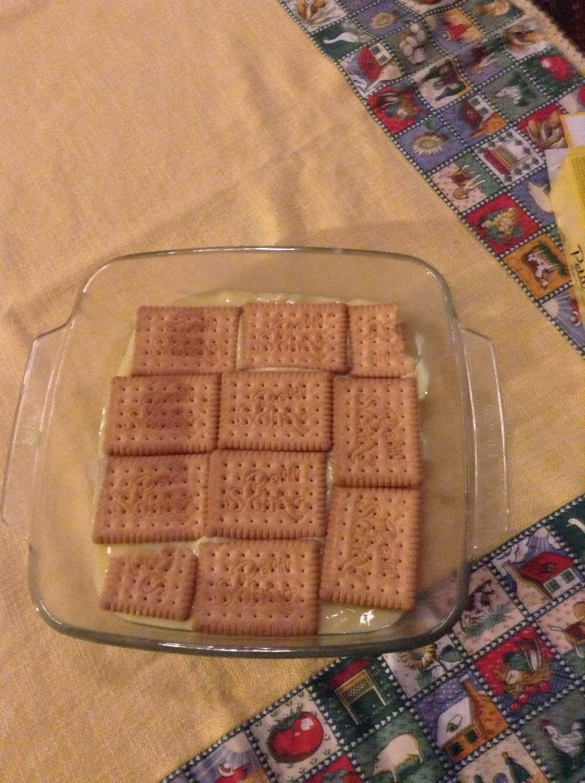 Torta con biscotti secchi e budino