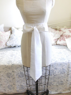 https://folksy.com/items/5314161-Ivory-taffeta-bridal-wedding-sash-belt-