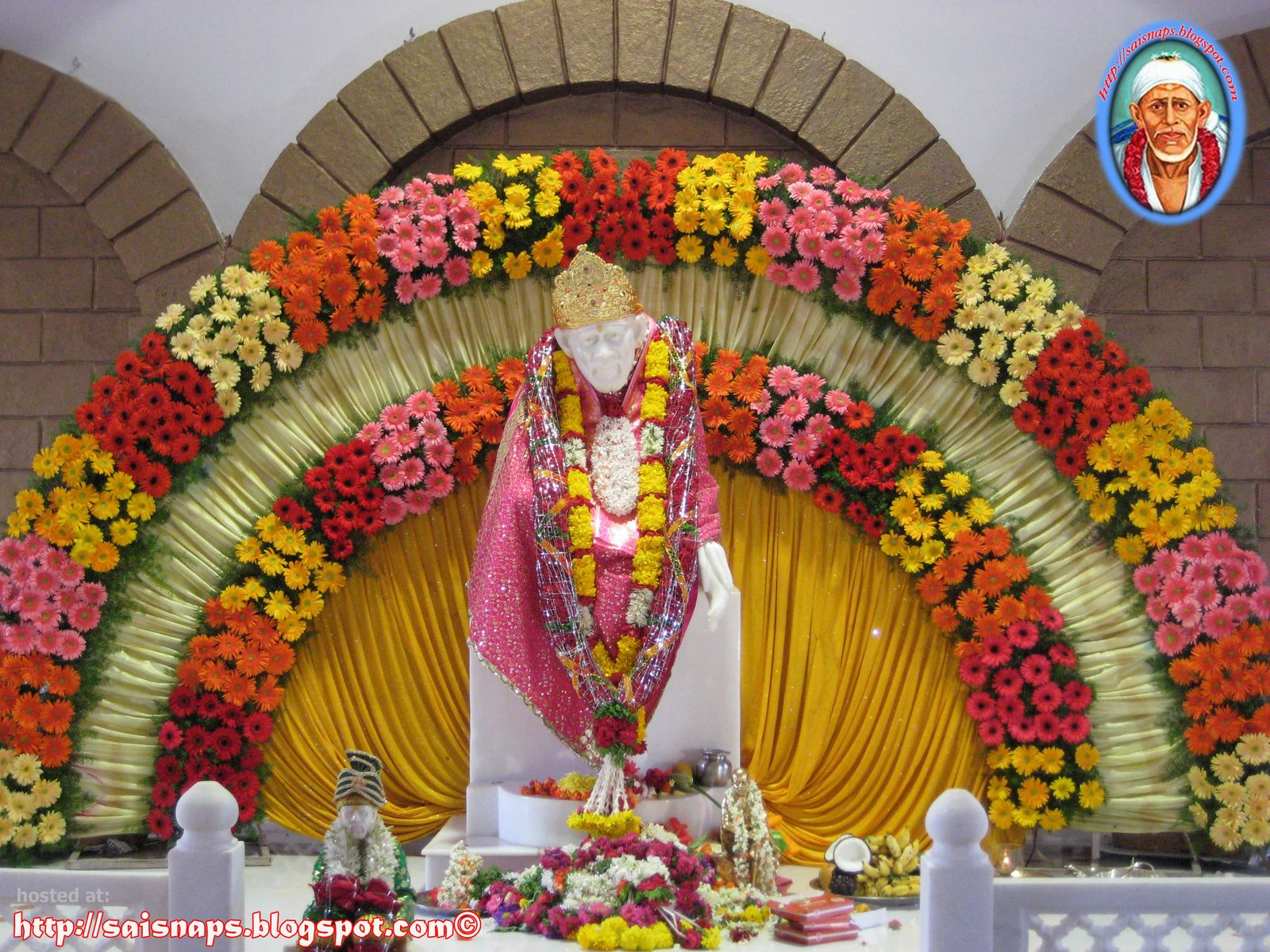 Fantastic Wallpaper Lord Sai Baba - 05  Image_263553.jpg