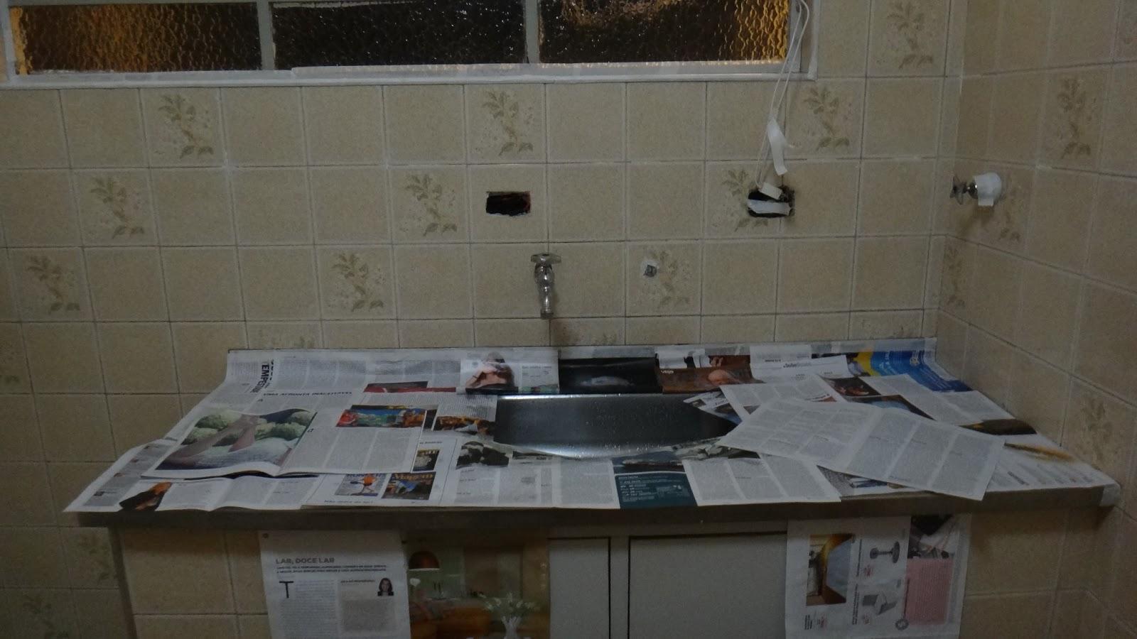 Pra ver a pintura dos azulejos e mais fotos do antes do banheiro  #546677 1600 900