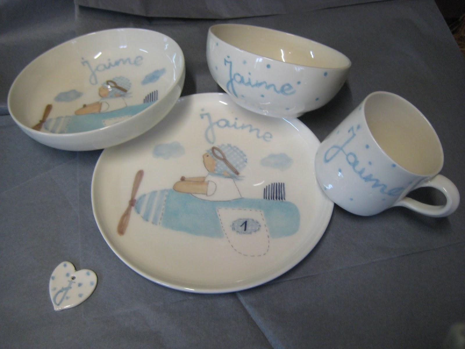 Vajillas infantiles personalizadas con nombre pintadas a - Vajillas pintadas a mano ...