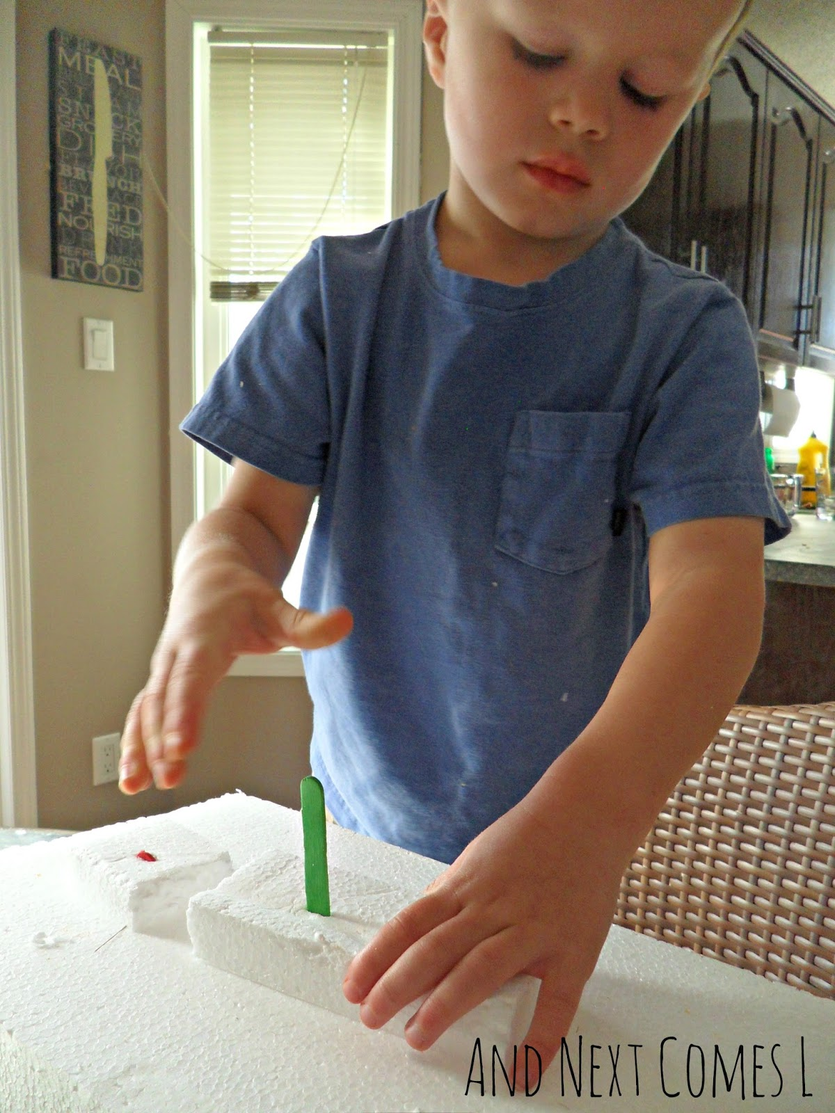 how to cut thick styrofoam