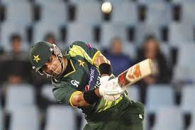 Misbah score quick 53 runs and bring Pakistan home with Umar Akmal
