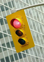 Red light traffic signal. Image from Microsoft Office online