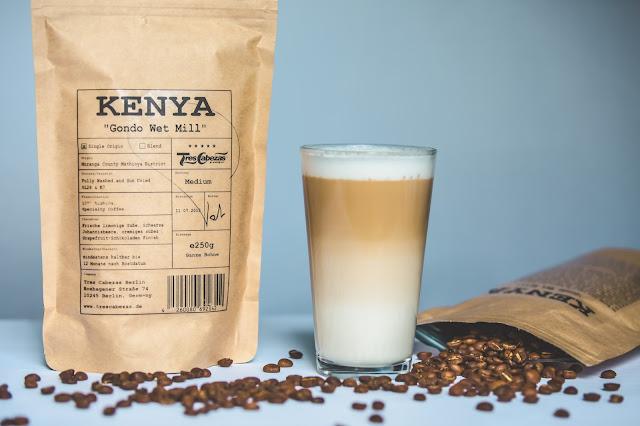Kaffee und Espressobohnen