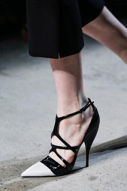 NarcisoRodríguez-ElblogdePatricia-TrendAlert-puntas-zapatos-shoes-calzados-scarpe