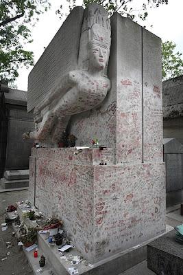 wilde's tomb