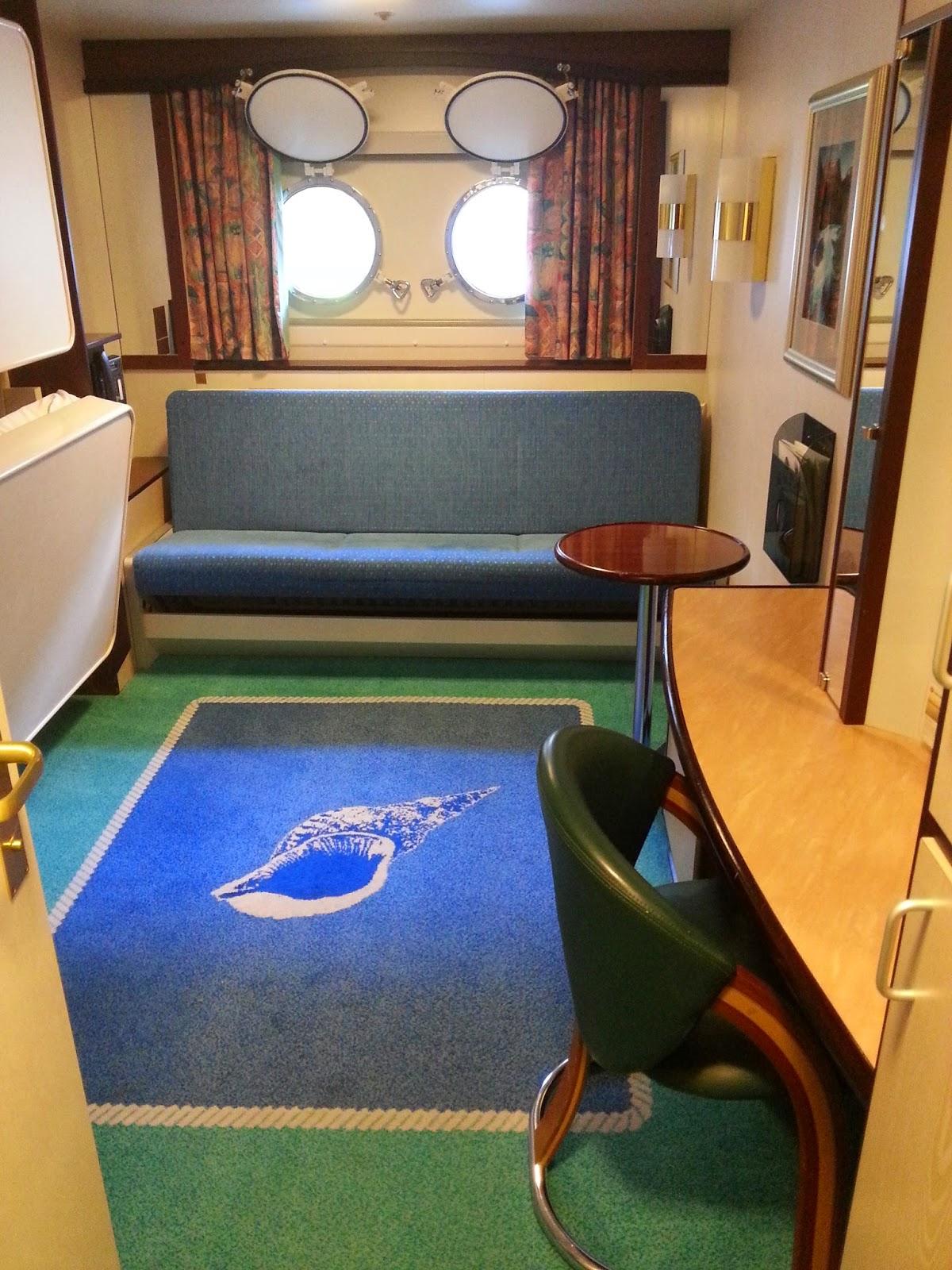 Hurtigruten MS Polarlys - Standard 3-Berth Cabin