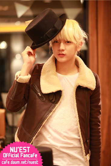 [06.02.12] Ren- Shopping Story 4