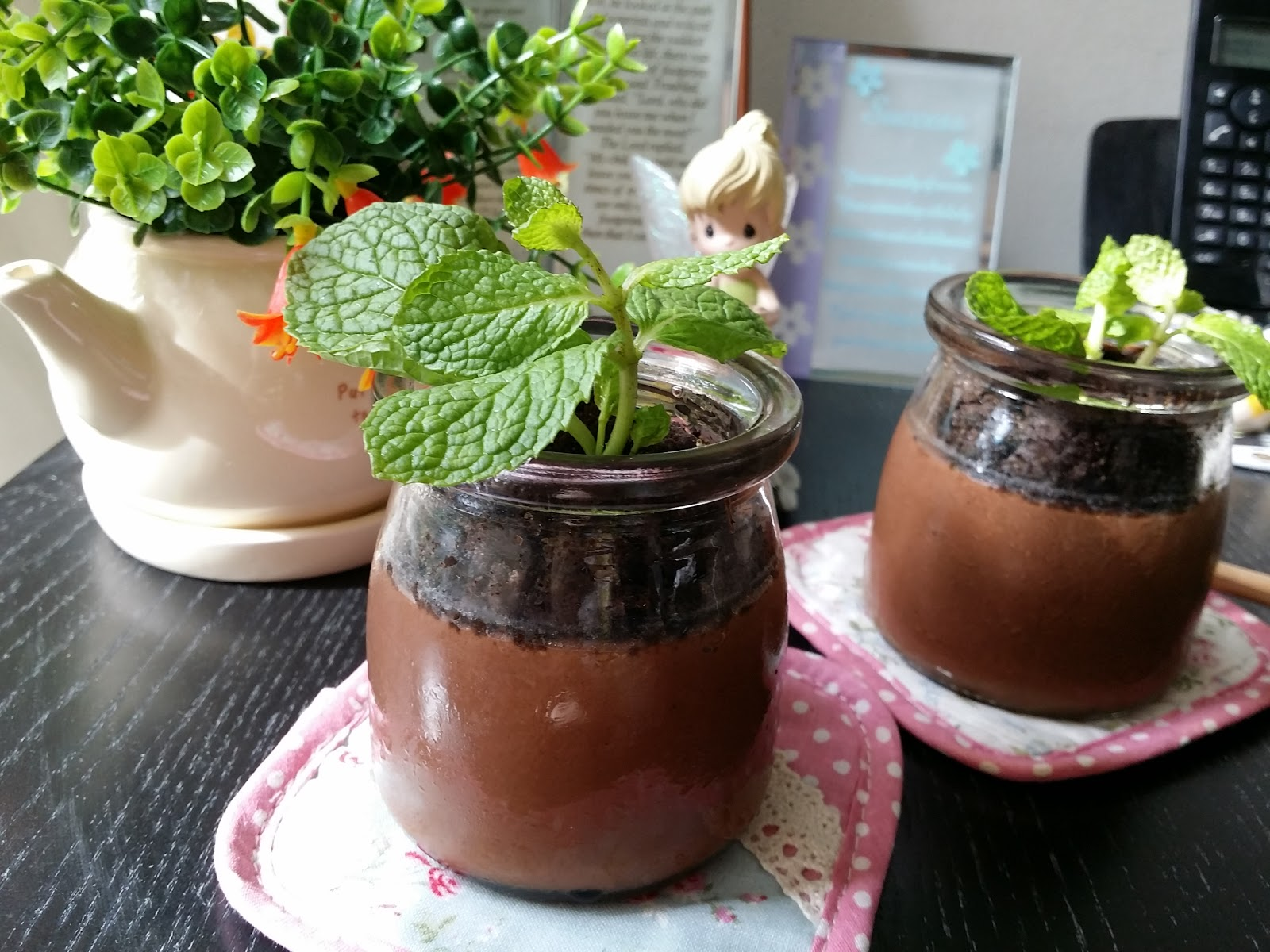 Luvswesavory: Potted Chocolate-Mint Puddings