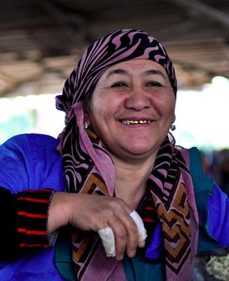 uzbekistan tours, uzbekistan textiel art tours