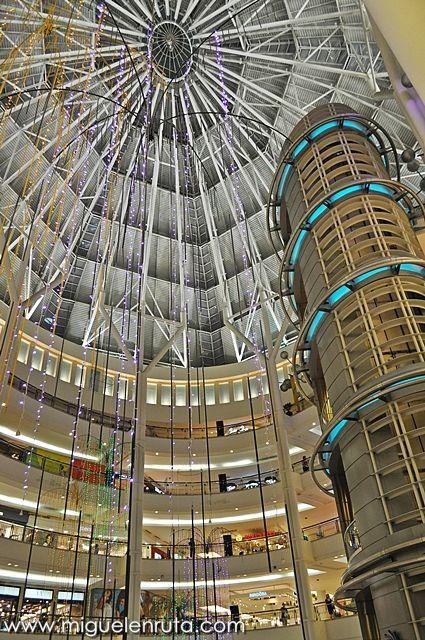 Torres-Petronas-hall