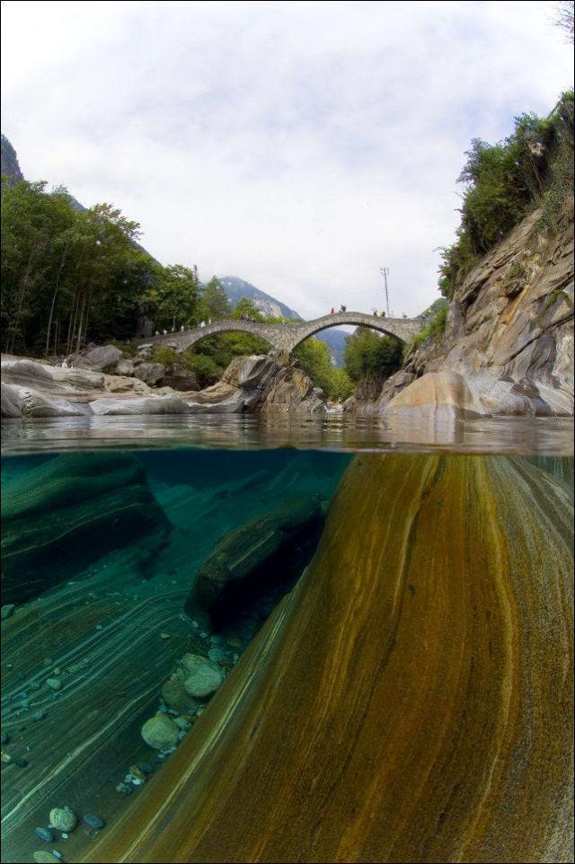 نهر فيرزاسكا في سويسرا