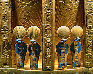 Cobra Details on Tutankhamun's Gold Throne