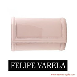 Queen Letiza Style  FELIPE VARELA Bags and CAROLINA HERRERA Pumps