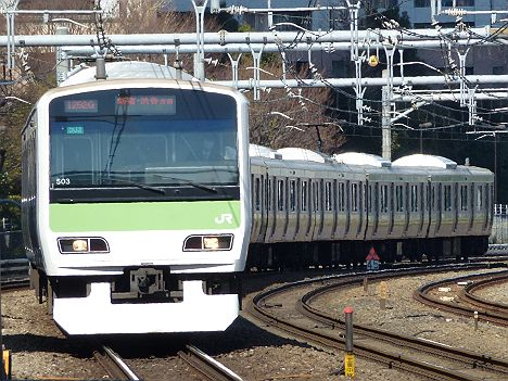 山手線 新宿・渋谷方面行き