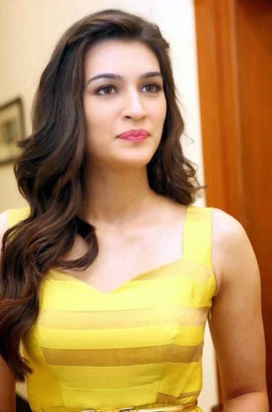 Hindi E Kriti Sanon Stills At Dochey Movie