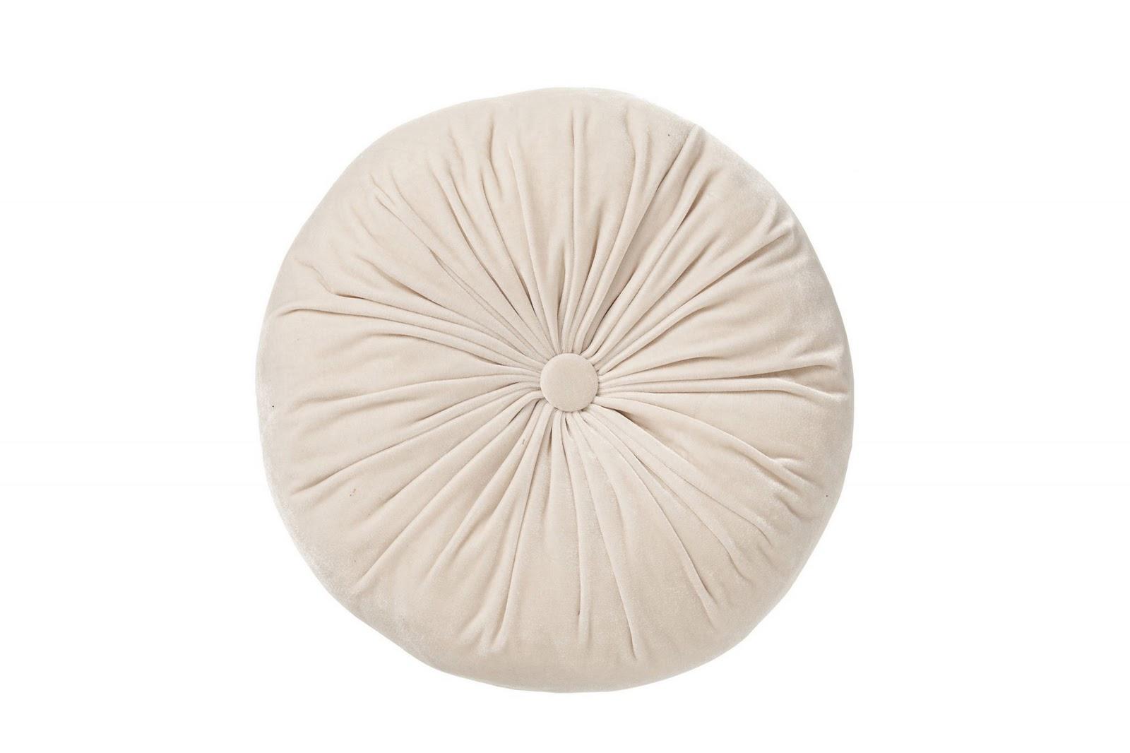 Cojines y mantas low cost para el sof - Mantas sofa primark ...