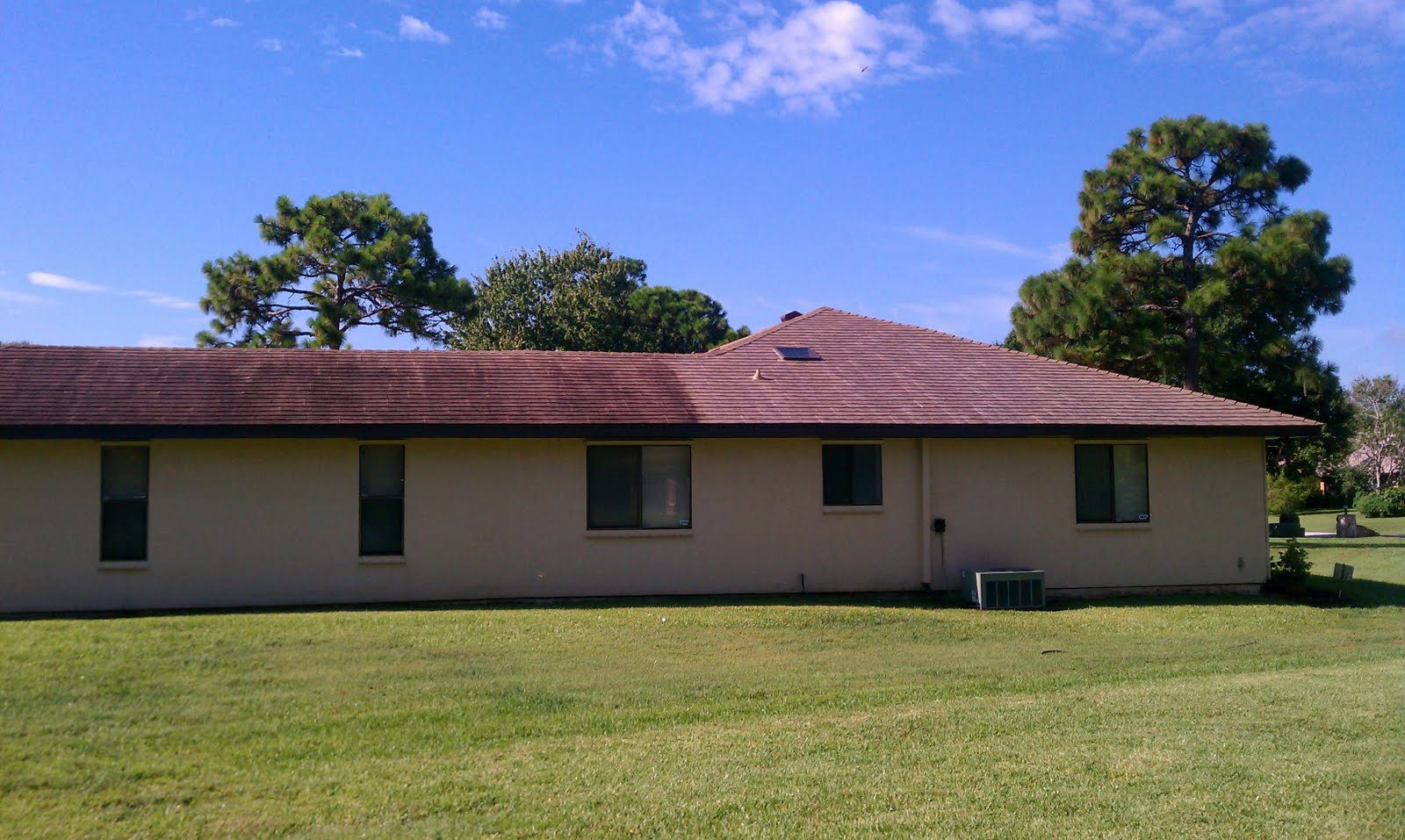 Beacon Roof Exterior Cleaning Shingle Roof Cleaning