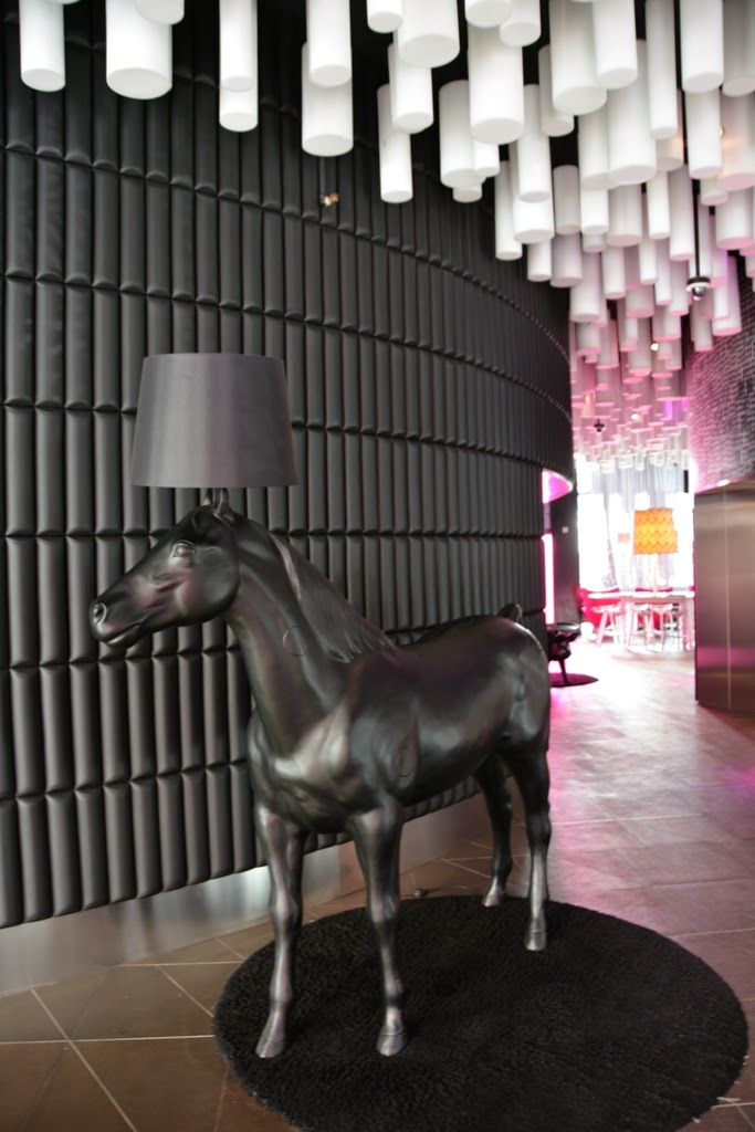 Hotel Barcelo Raval, Barcelona horse