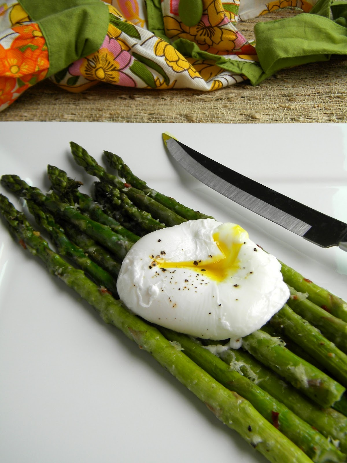 lovin' forkful: Oven-Roasted Asparagus with Parmesan and Poached Egg