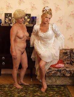 Teen Nude Girl - 103467171.jpg