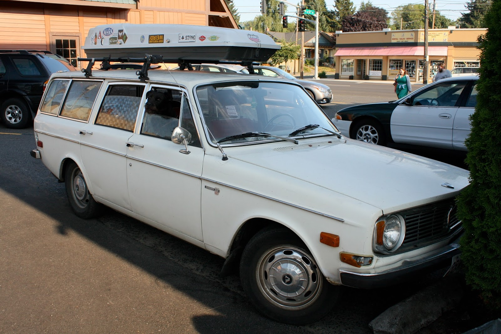 1971 Volvo 145S wagon